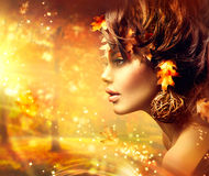 Autumn Woman Fantasy Fashion Portrait Royaltyfri Foto
