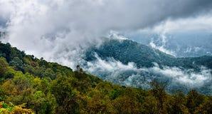 Autumng season in the smoky mountains Royalty Free Stock Photo