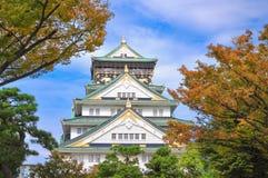 Autunno in anticipo del castello di Osaka Immagini Stock