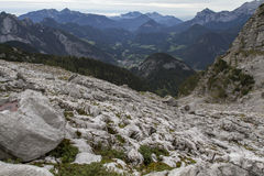 Autunno che fa un'escursione nelle alpi austriache, Europa Fotografia Stock