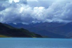 Autunno del lago Yamdrok fotografia stock