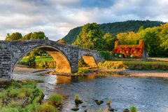 Autunno a Llanrwst in Galles immagini stock