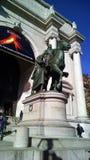 Autunno, manifestazione dei colori e città di tempi di raccolto con il grande partito santificante Immagini Stock Libere da Diritti