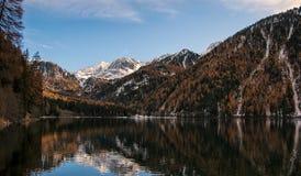 Autunno in montagne Fotografia Stock Libera da Diritti