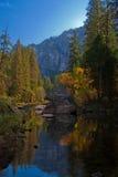 Autunno nella sosta nazionale del Yosemite Immagini Stock