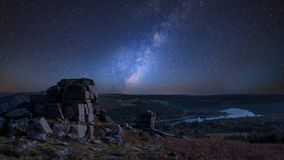 Autunno overStunning s di immagine composita vibrante sbalorditiva della Via Lattea fotografia stock