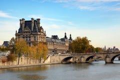 Auvent à Paris Photos stock
