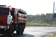 Auxílio da supressão de fogo e da vítima da mina foto de stock royalty free