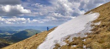 Aux montagnes pour une intimité Image stock