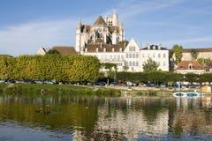 auxerre pejzaż miejski France zdjęcia stock