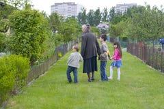 Avó com crianças Fotografia de Stock Royalty Free