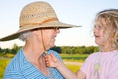 Avó e neta felizes. Imagem de Stock Royalty Free