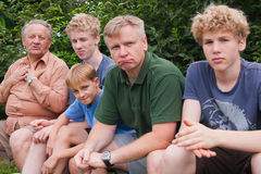 Avô e seus amados meninos imagens de stock royalty free