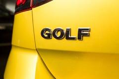 19 av Januari, 2018 - Vinnitsa, Ukraina Volkswagen VW Golf pres Royaltyfri Bild