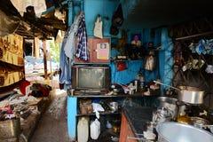 62% av Mumbai bor i slumkvarter Arkivbild