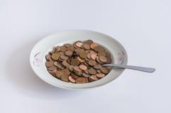 av plattan mycket av mynt för eurocent Arkivfoton