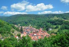By av Steinbach, thuringian skog, Thüringen, Tyskland Arkivbild