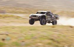 Av väglastbilen Racing Royaltyfri Bild