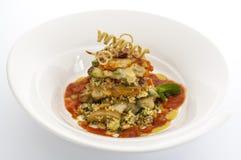 Avacado och cous cous med tomatnjutningen Royaltyfri Foto