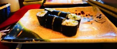 Avacado sushi Arkivbild