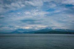 从Avacha海湾的彼得罗巴甫洛斯克Kamchatsky 库存照片