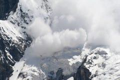 Avalancha de la nieve Fotografía de archivo libre de regalías