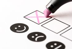 Avaliação da experiência, questionário do feedback do empregado ou conceito da votação do negócio fotografia de stock royalty free