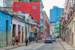 AVANA, CUBA - 20 OTTOBRE 2017: Havana Old Town Architecture Costruzioni variopinte fotografia stock