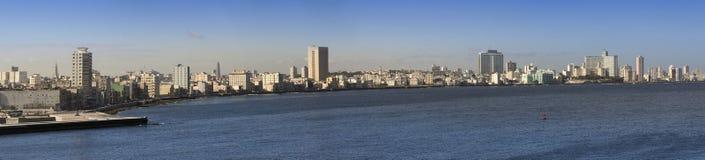avana Vista della città attraverso una baia, panorama immagini stock libere da diritti