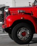 Avant d'un vieux firetruck historique image stock