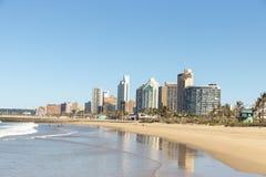Avant de plage de Durban image libre de droits
