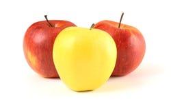 avant de pomme ceux jaune rouge Images libres de droits