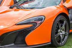 Avant gauche orange de voiture de sport Image libre de droits