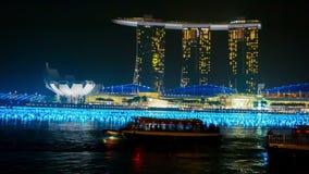 Avant l'avant de baie de nouvelle année de l'hôtel Marina Bay Sands la nuit Photographie stock