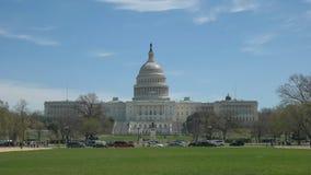 Avant sur la vue du nous bâtiment de capitol à Washington images stock