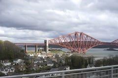 Avanti ponte della ferrovia a Qeensferry - la Scozia Immagini Stock Libere da Diritti