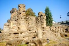 avantipur hinduiska india kashmir fördärvar tempelet royaltyfria foton