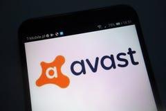 Avast logo på smartphonen royaltyfria bilder