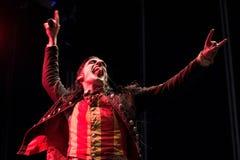 Avatar muzyczny zespół wykonuje w koncercie przy ściąganie ciężkiego metalu festiwalem muzyki fotografia royalty free