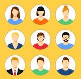 Avatar profilowa ikona ustawiająca wliczając samiec i kobiety royalty ilustracja