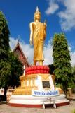 Avbilda av Buddha i tempelet Royaltyfri Bild