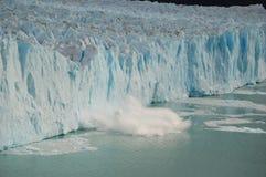 avbrott av is arkivbild
