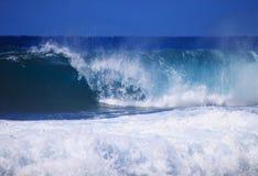 avbrott av kröna waves Fotografering för Bildbyråer