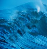 avbrott av kustwaves royaltyfri foto