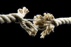 avbrott slitet rep till arkivbild