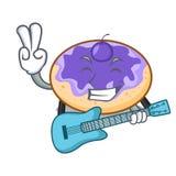 Avec la bande dessinée de mascotte de myrtille de beignet de guitare illustration de vecteur