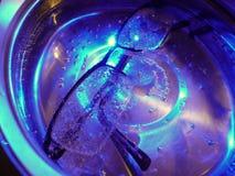 Avec le nettoyage ultrasonique Image libre de droits