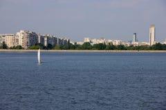 Avec le yacht à Bucarest Photos libres de droits
