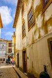 Aveiro, Portugal Brukował ulicę w dziejowym centre turystyczny miasteczko Aveiro Aveiro, znać jako Wenecja Portugalia Zdjęcia Royalty Free