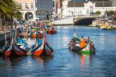 Aveiro, Portugal - 22 de maio de 2015: Barcos tradicionais em Aveiro Fotografia de Stock Royalty Free